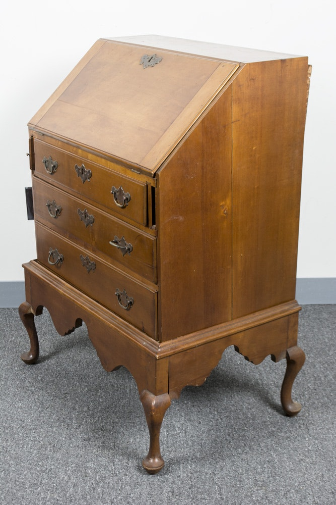 18th century new england queen anne slant front desk ebth for New england style desk