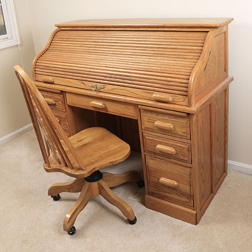 Eagle Craft Roll Top Desk And Rolling Chair Ebth