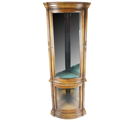 ethan allen lighted curio cabinet ebth. Black Bedroom Furniture Sets. Home Design Ideas