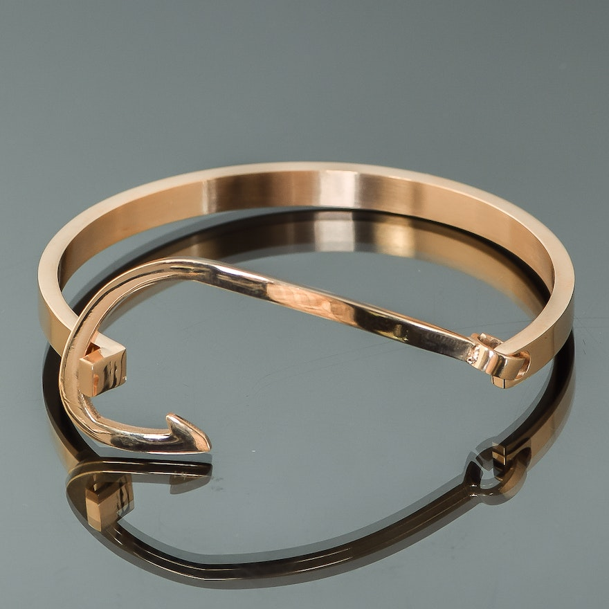 Stainless Steel Fish Hook Bracelet With Rose Gold Finish