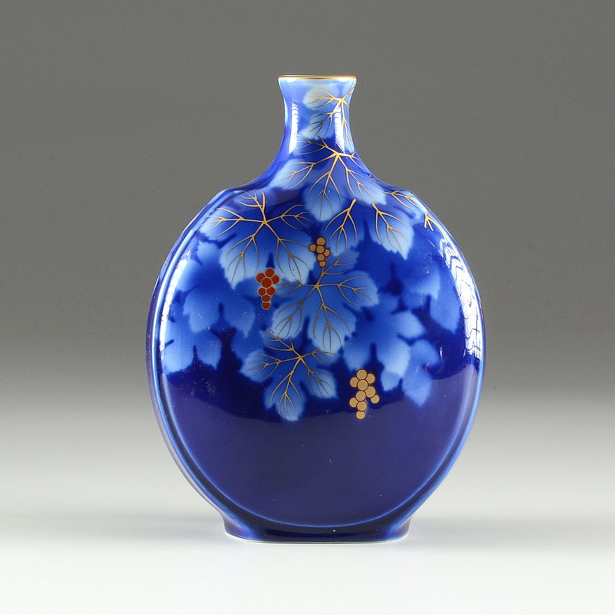 Contemporary Japanese Fukagawa Vase Ebth
