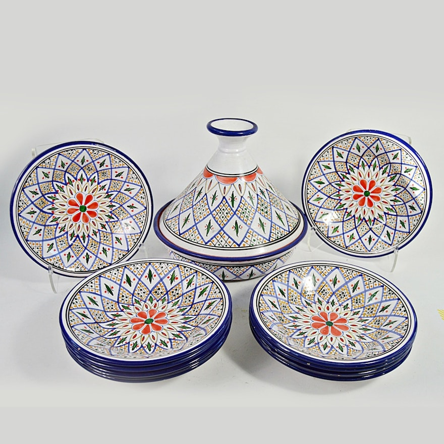 Tunisian Le Souk Ceramique Tagine With Matching Bowls