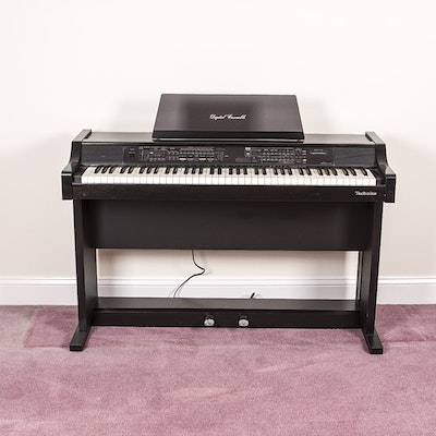 Suzuki Digital Piano Model Hp D