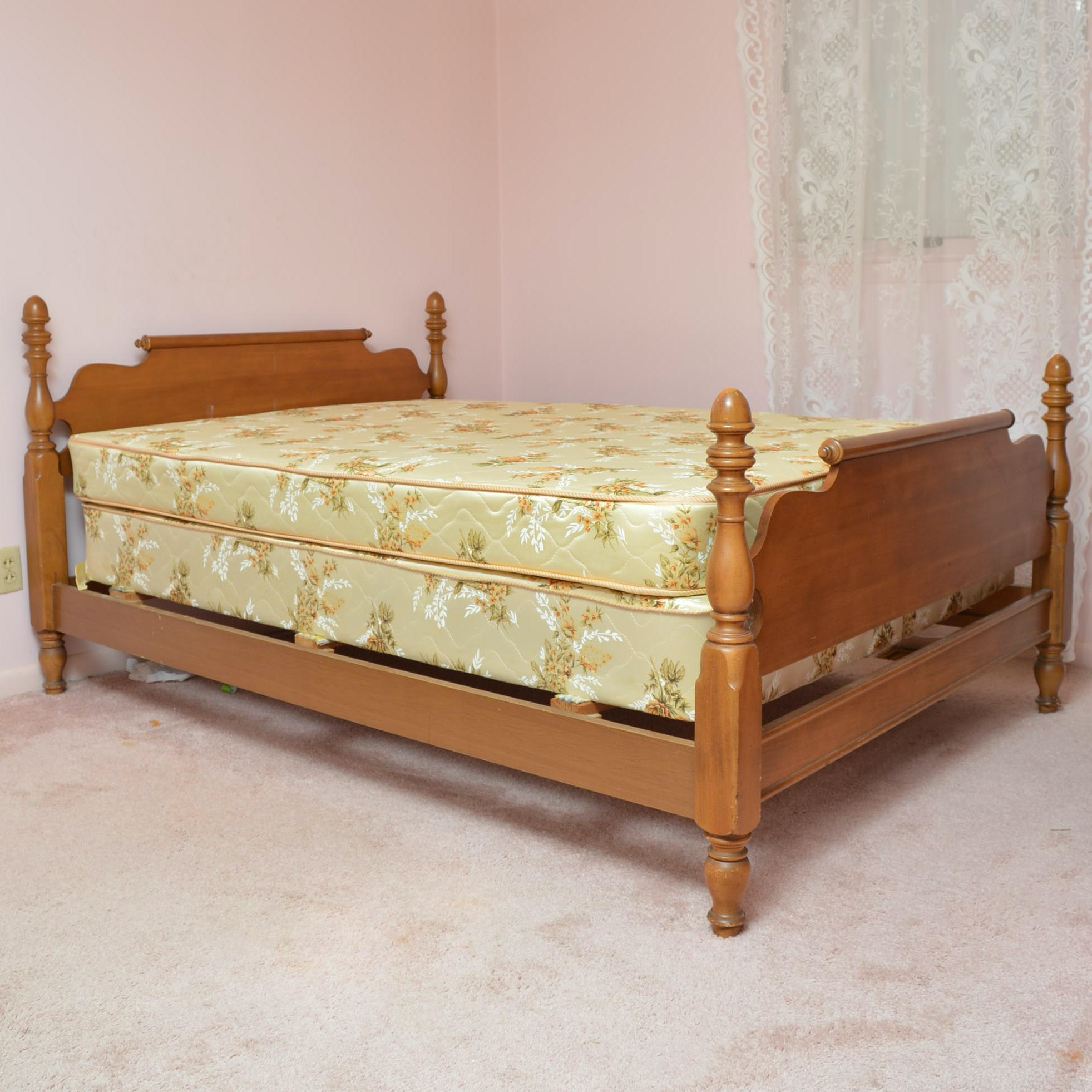 Full Sized Maple Bed