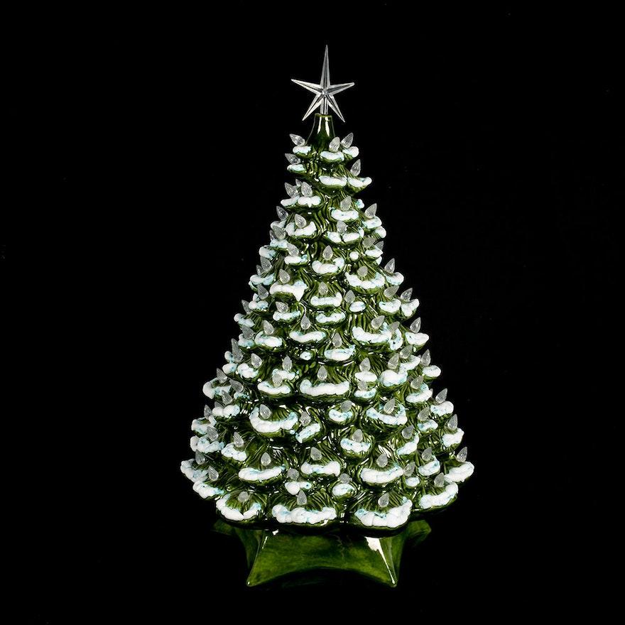 Vintage Holland Mold Ceramic Christmas Tree Music Box