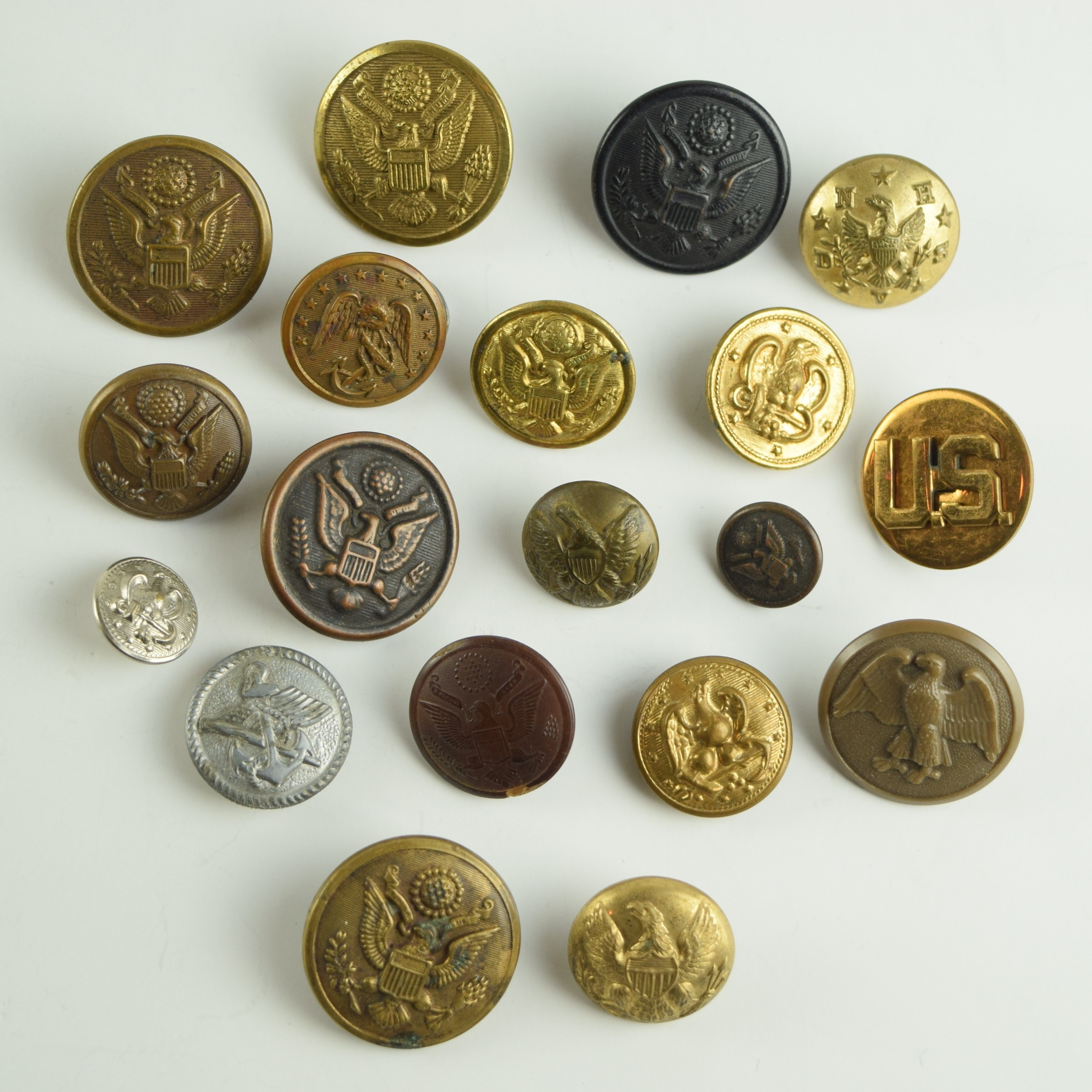 dating us military buttons Amazoncom: uniform buttons of the united states, 1776-1865: button makers of the united states, 1776-1865 button suppliers to the confederate states, 1800-1865 antebellum and civil war buttons of us forces (9781577470243): warren k.