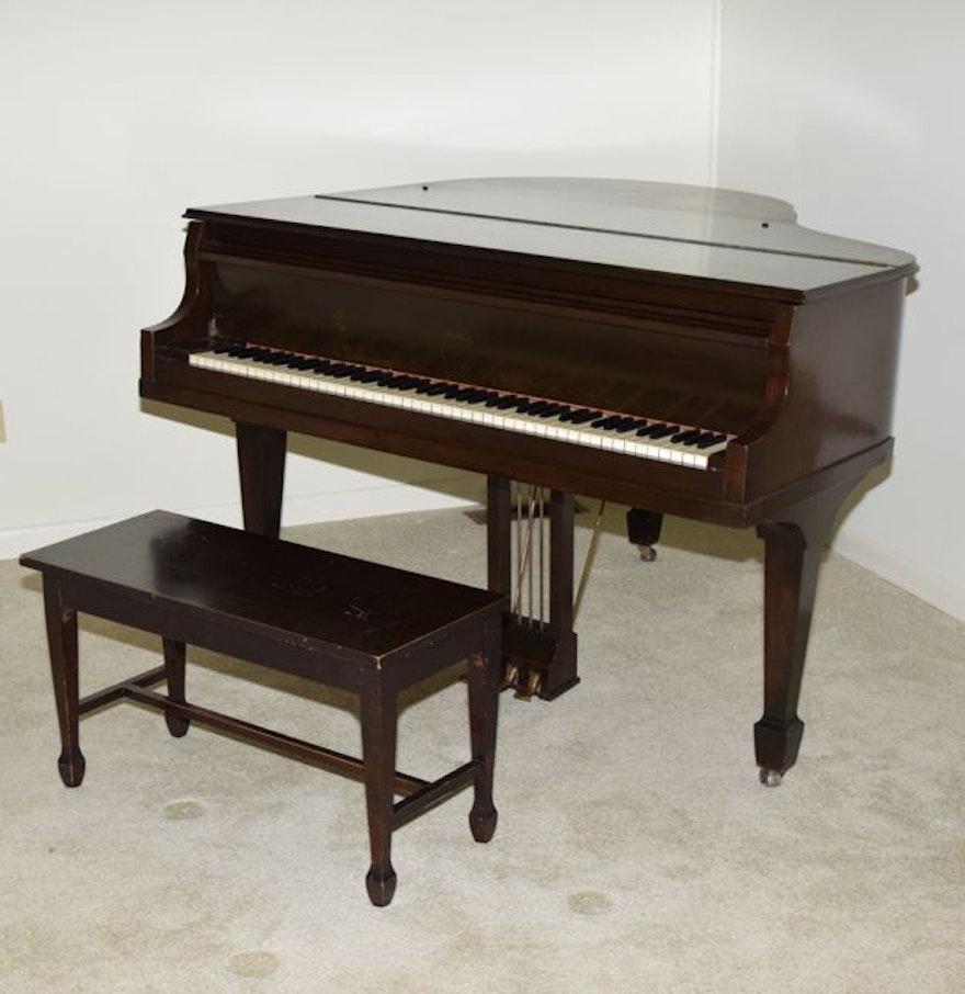 Vintage Wurlitzer Piano 26