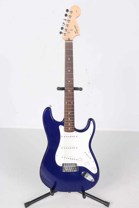 Squire Fender Strat Crafted By Indonesia S N Ic