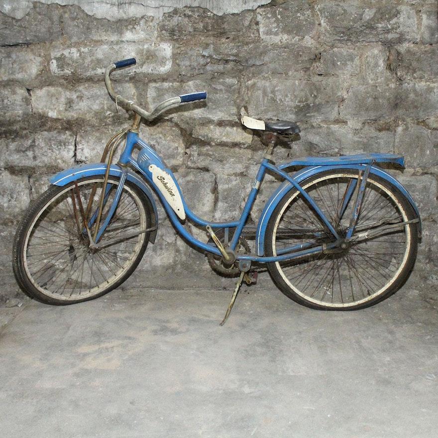 e0843411890 Ladies Vintage Schwinn Deluxe Tornado Bicycle | EBTH