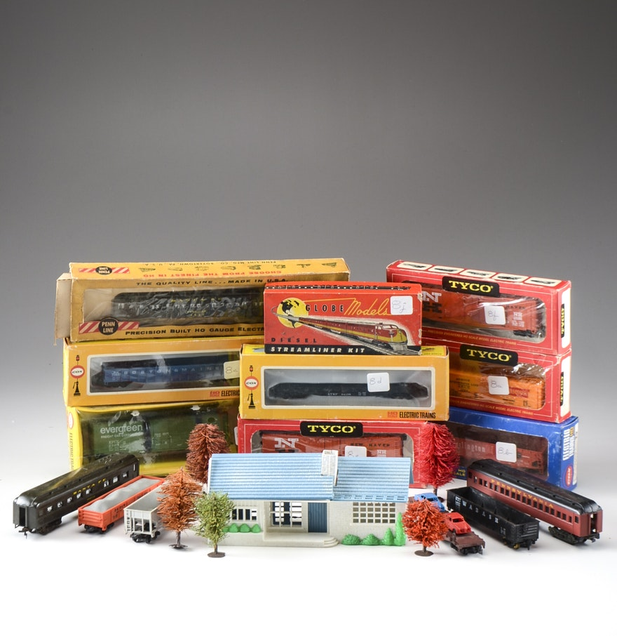 Model Train Supplies : Vintage quot ho gauge model freight train cars and