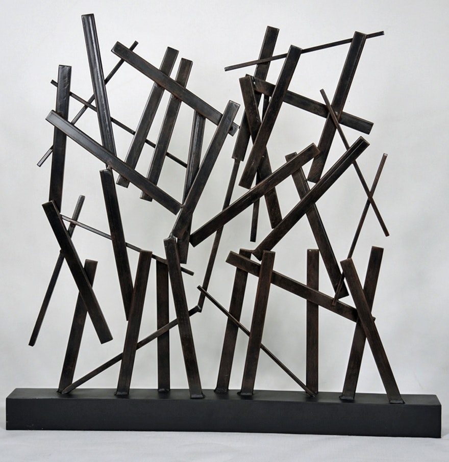 Abstract Geometric Metal Sculpture : EBTH