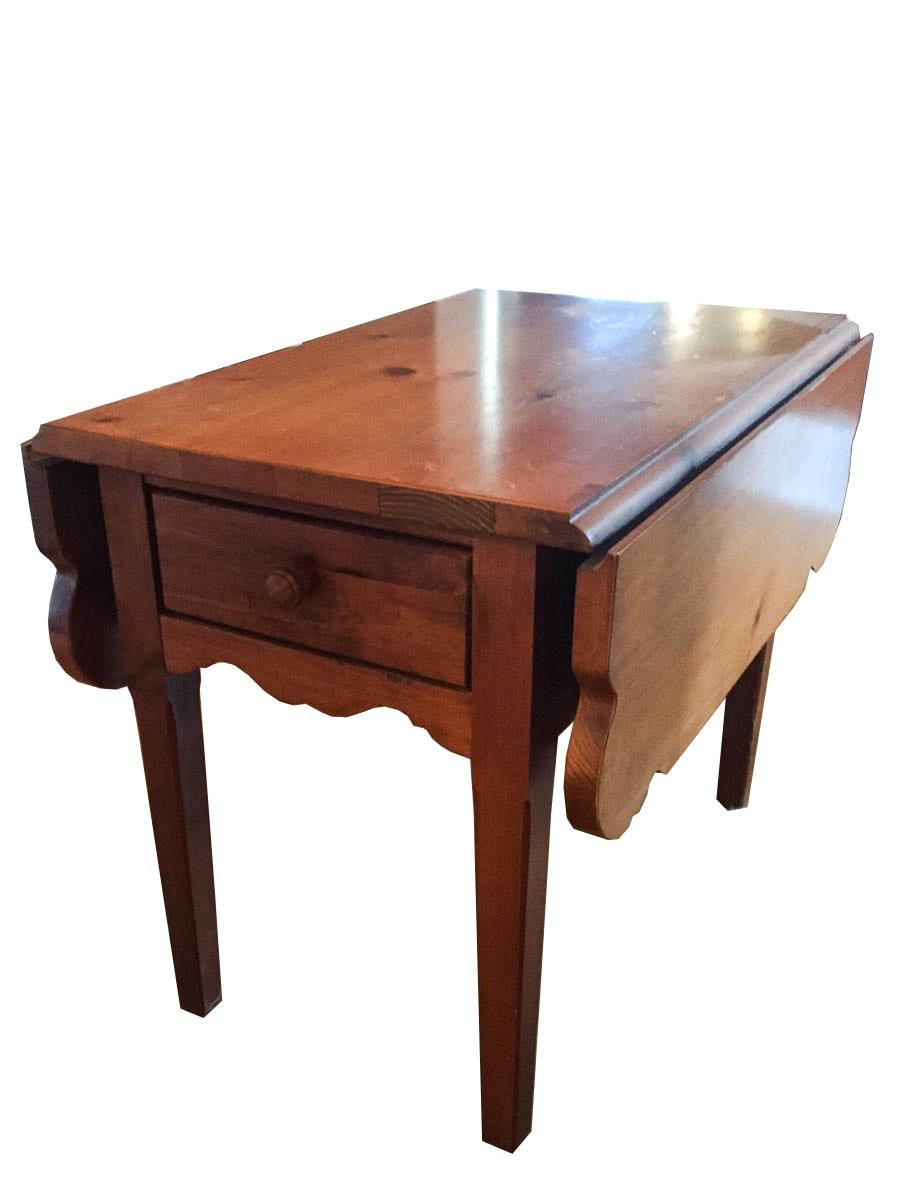Vintage Pine Drop Leaf Table by Broyhill EBTH