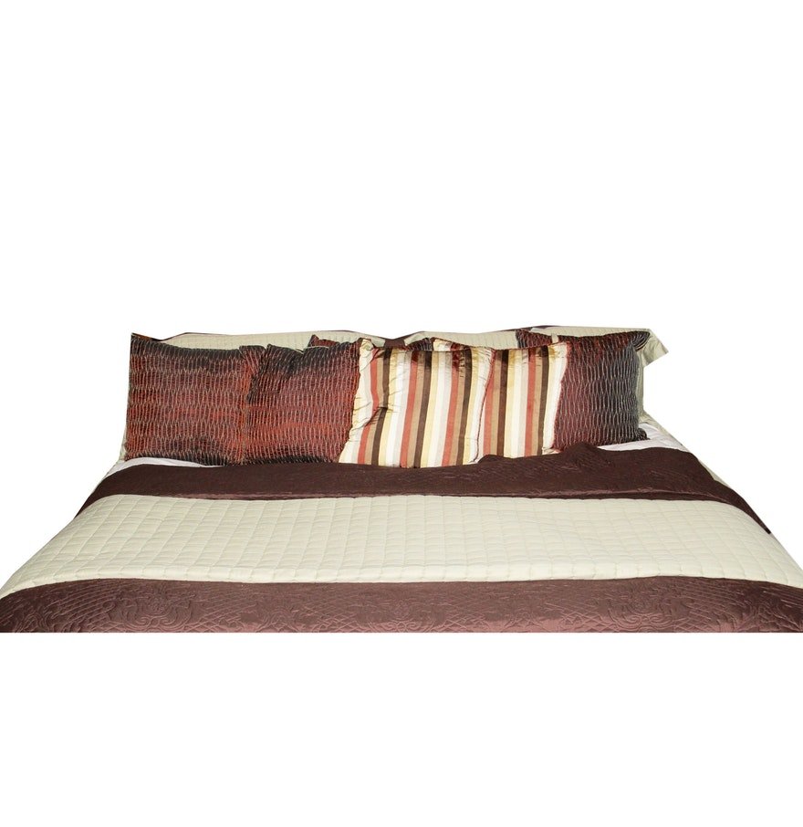 What Size Throw Pillow For Bed : King Size Bedding and Throw Pillows : EBTH