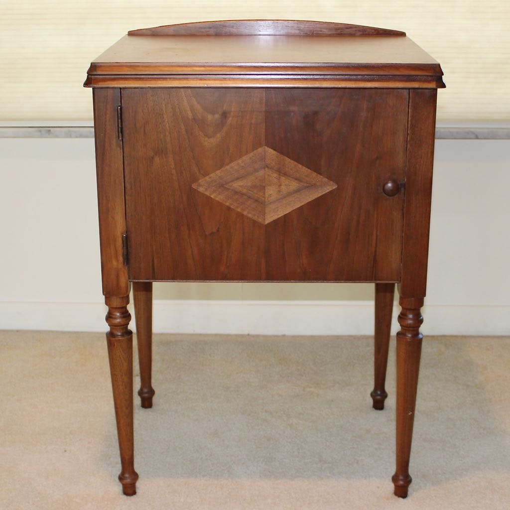 Antique Sewing Cabinet With Motorized Singer Machine Ebth