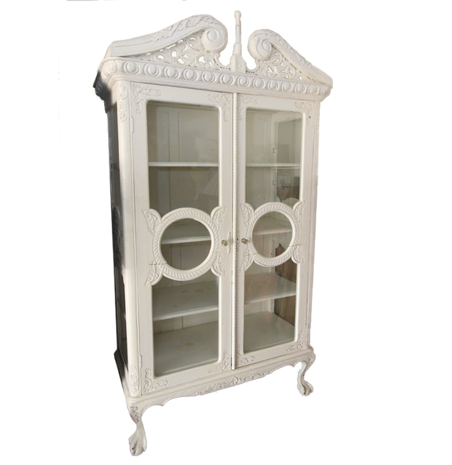 Vintage Distressed White China Cabinet : EBTH