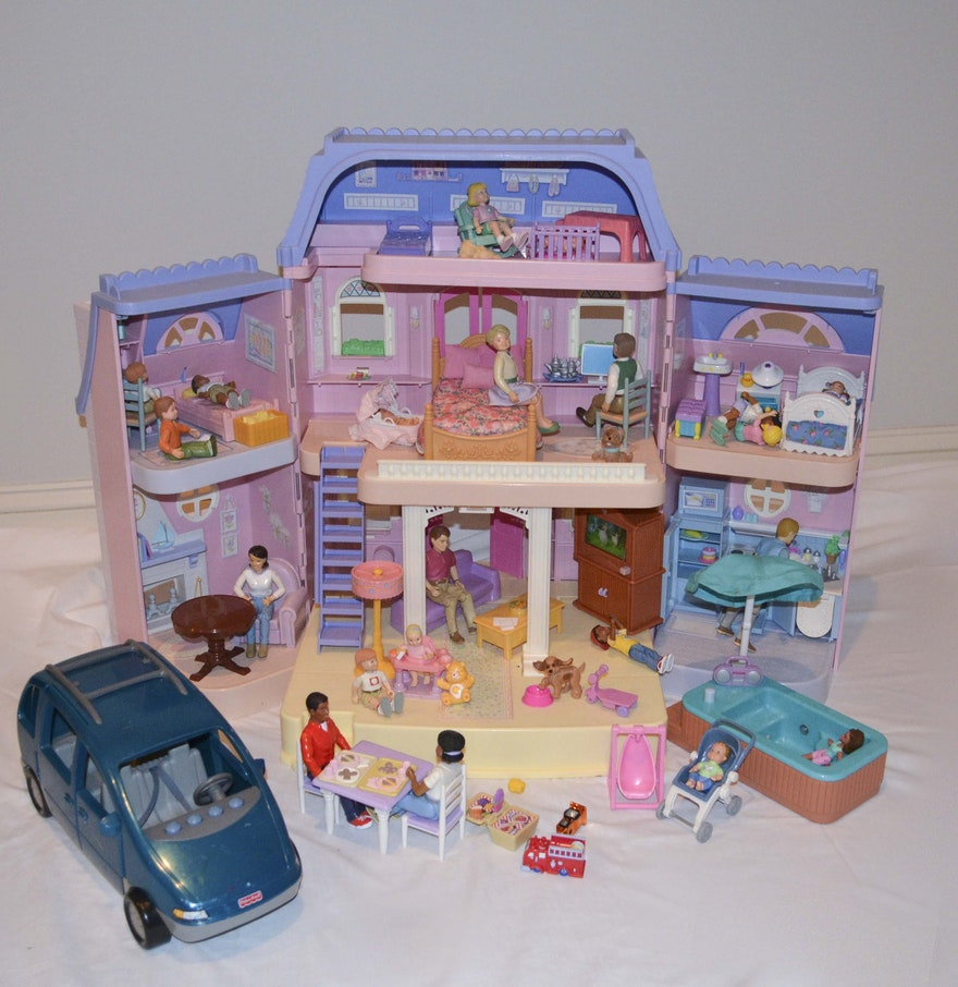 fisher price loving family dollhouse with dolls and accessories ebth. Black Bedroom Furniture Sets. Home Design Ideas