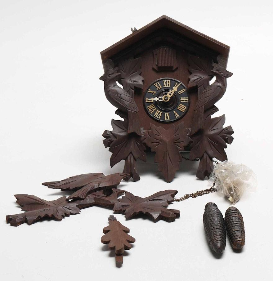 German wooden cuckoo clock ebth - Wooden cuckoo clocks ...