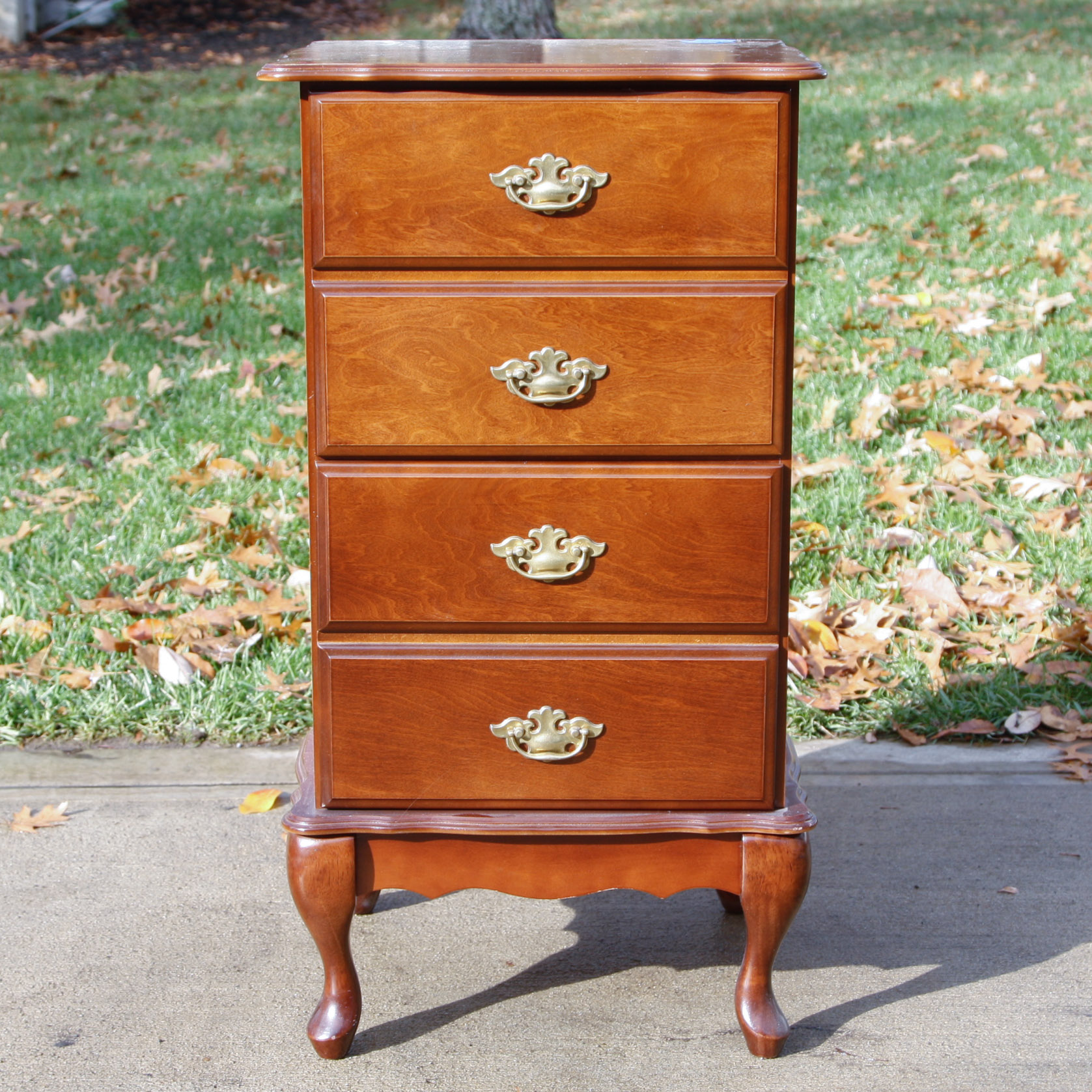 Queen Anne Style File Cabinet : EBTH