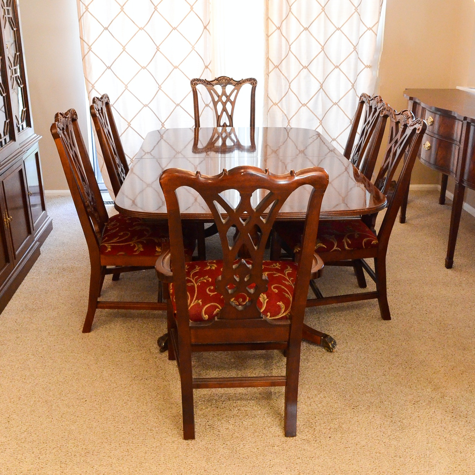 Thomasville Chippendale Style Dining Table With Six Chairs ...