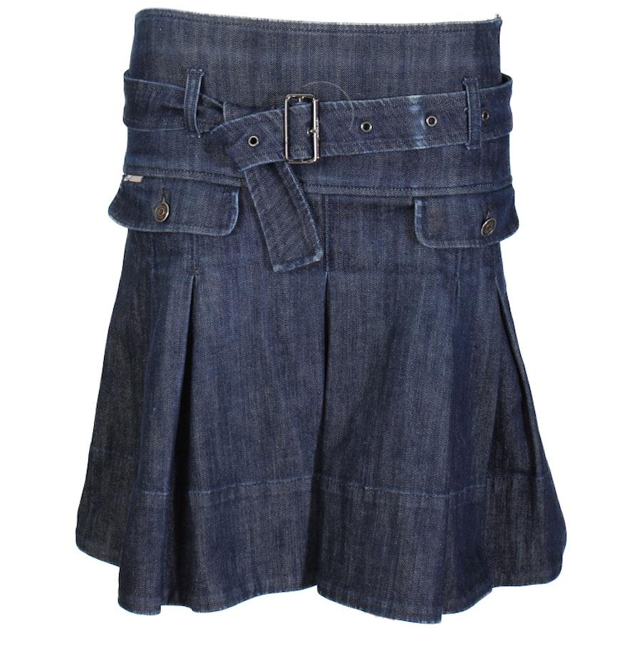 Burberry Denim Skirt, Size 4 : EBTH