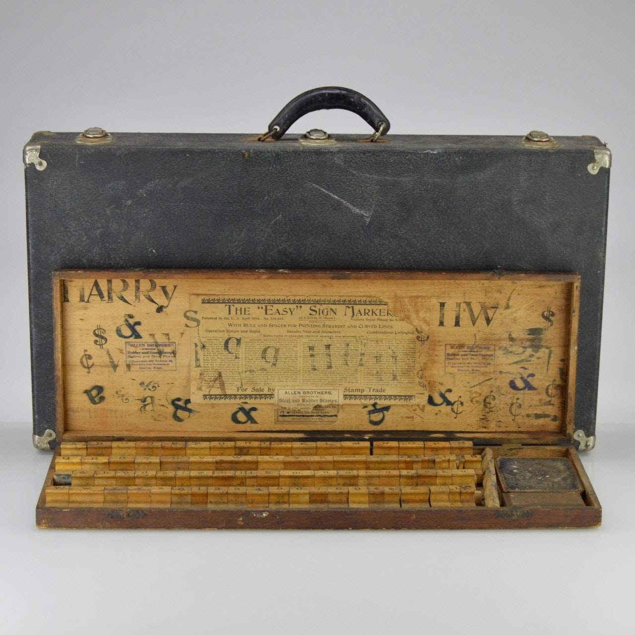 """Antique Allen Brothers """"The Easy Sign Marker Set"""" with Case"""