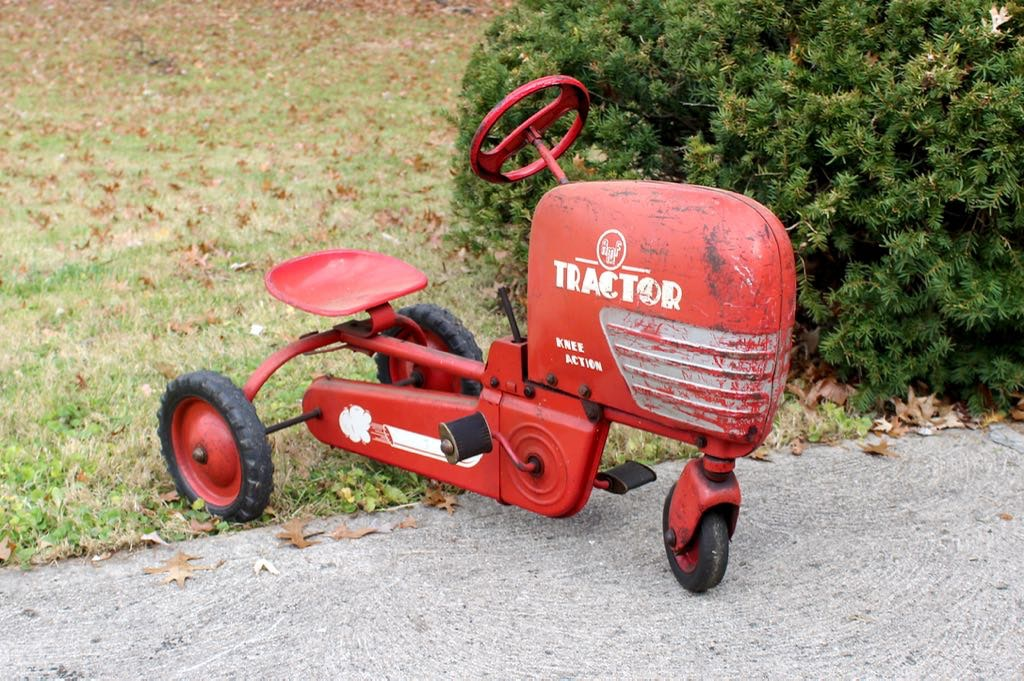 Junior Pedal Tractors Antique : Vintage childs amf pedal speed riding tractor ebth