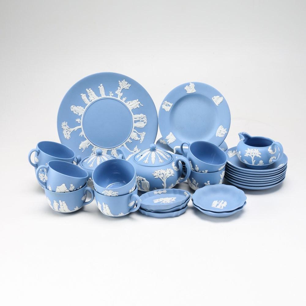 Set of  Jasper Classic White on Blue  Wedgwood China ...  sc 1 st  EBTH.com & Set of