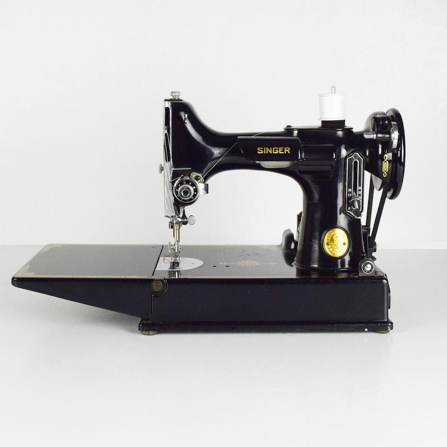 Vintage Singer Portable Electronic Sewing Machine 4040 EBTH Stunning Singer Sewing Machine 221 1