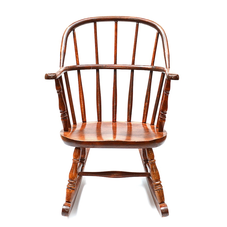 Peachy Vintage Windsor Style Wooden Child Size Rocking Chair Lamtechconsult Wood Chair Design Ideas Lamtechconsultcom