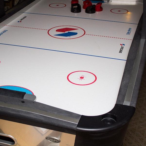 Sportcraft Turbo Air Hockey Table : EBTH