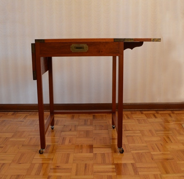 1970s charlotte horstmann drop leaf side table ebth for Table induction 71 x 52