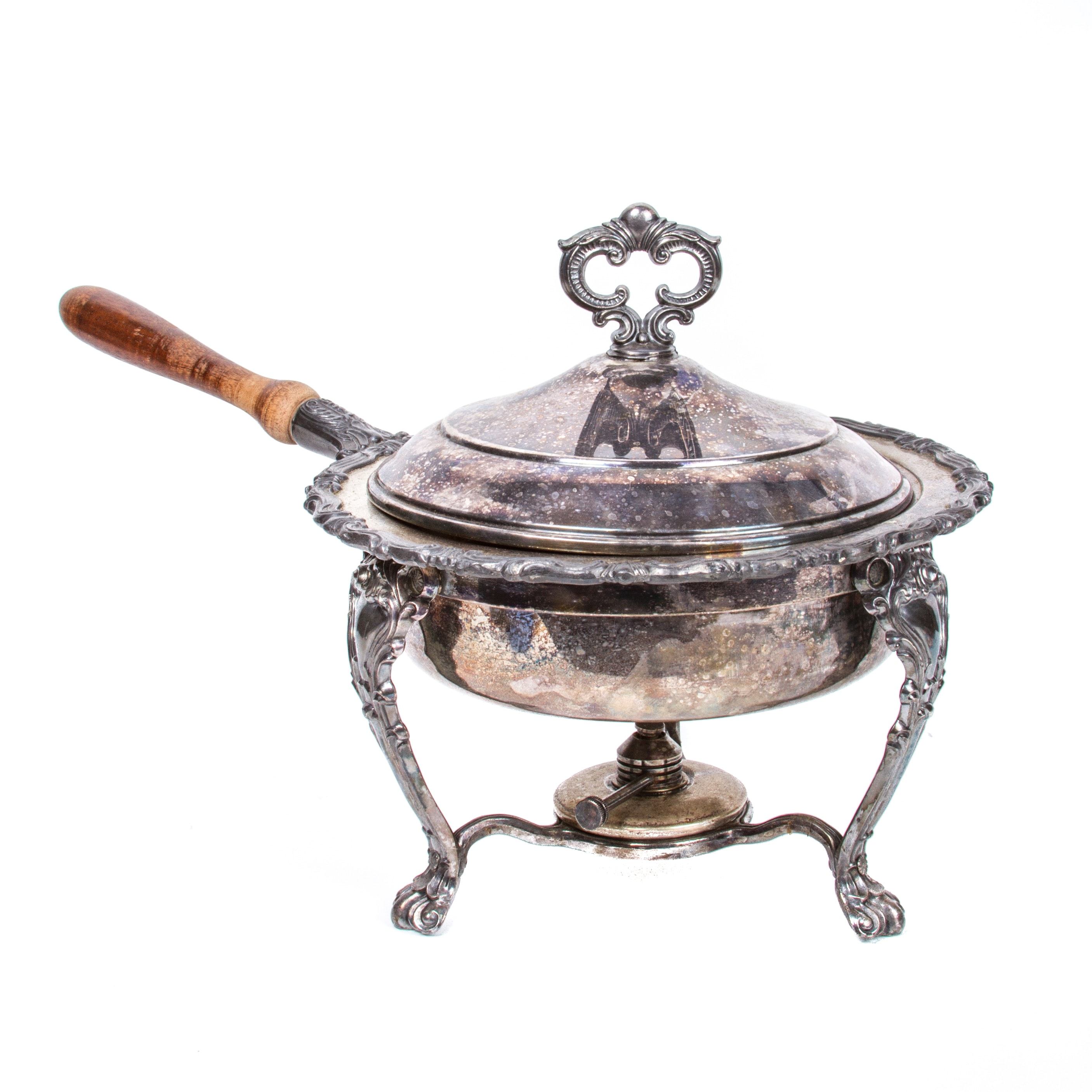 a silver dish The butter dish is a piece of art that is a marvelous collectors item, guaranteeing hundreds of years of elegant use with a table setting reference: joseph p brady (silver historian) do you have questions regarding sterling silver patterns or serving pieces.