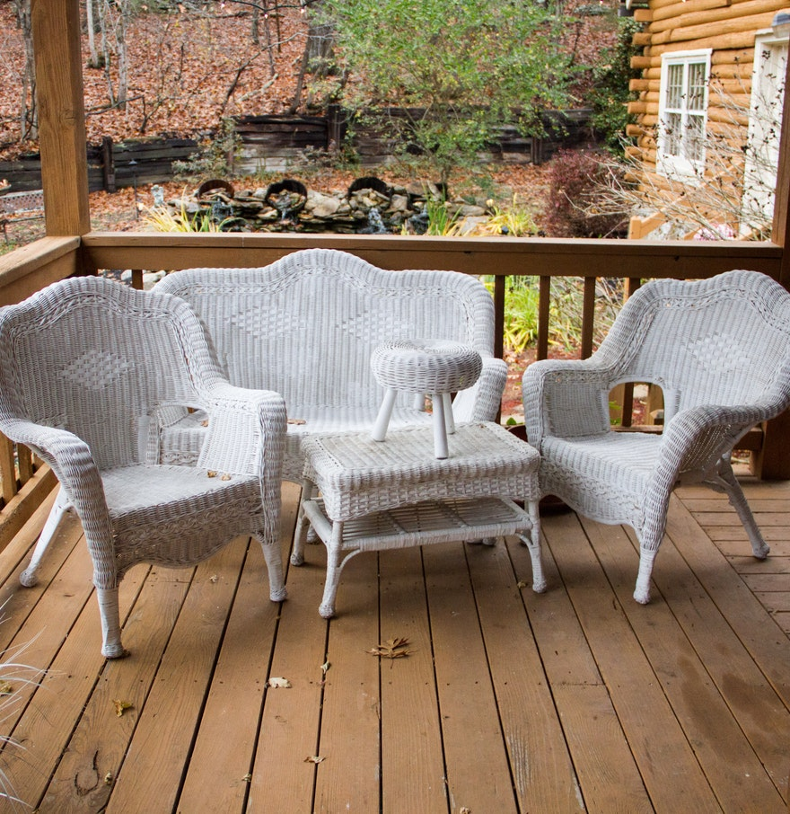 White wicker patio set outdoor wicker chair white wicker for White wicker patio furniture