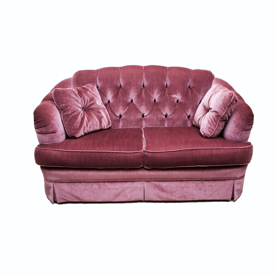 Broyhill Mauve Tufted Back Loveseat : EBTH