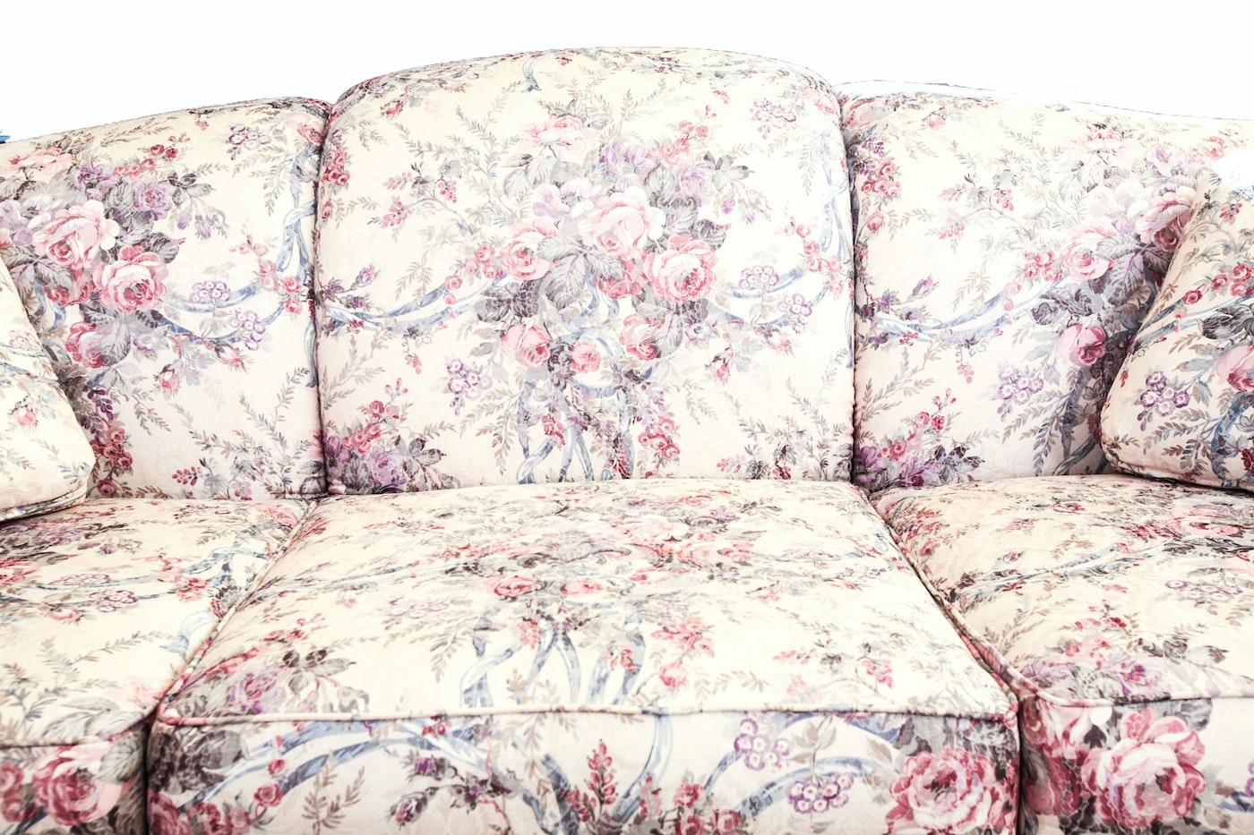 Floral Print Broyhill Sofa Ebth