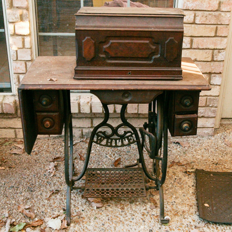 Excellent Antique White Brand Treadle Sewing Machine Table Home Interior And Landscaping Spoatsignezvosmurscom