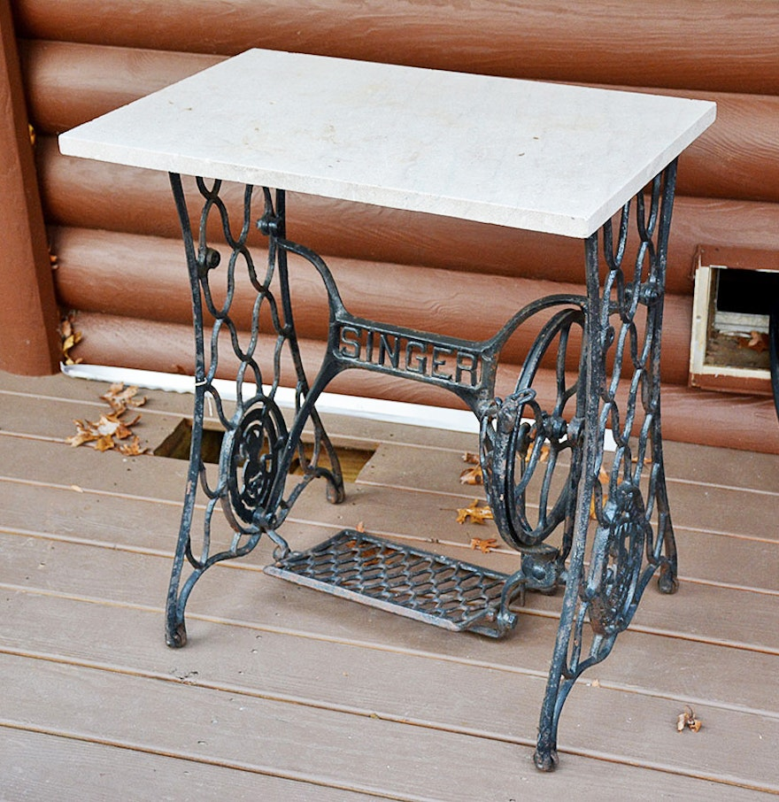 Vintage cast iron singer sewing table ebth - Cast iron sewing machine table ...