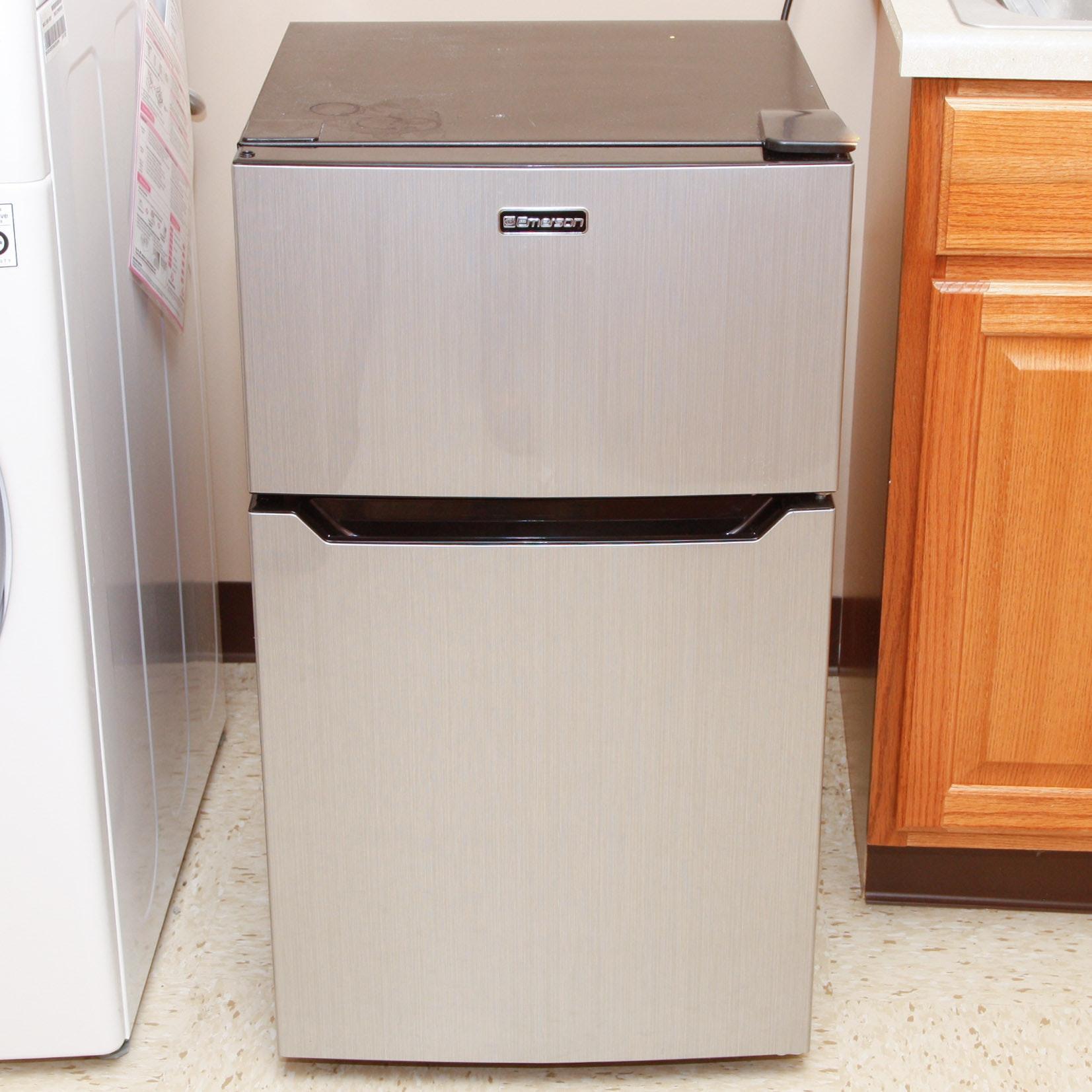 Emerson Double Door Compact Refrigerator Freezer ...