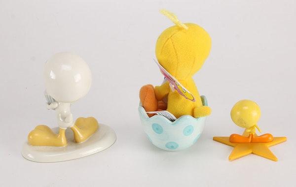 2000 Monthly Goebel And Lenox Tweety Bird Figurine