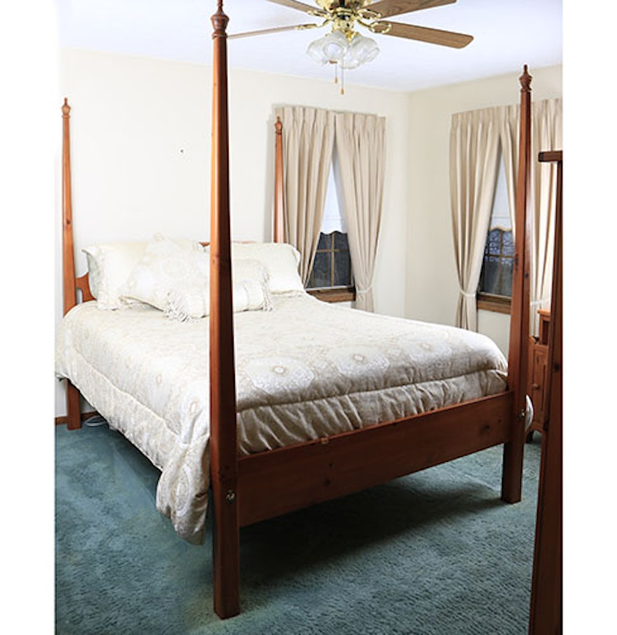 Contemporary four poster queen size bed by broyhill with bedding ebth - Bedspreads for four poster beds ...
