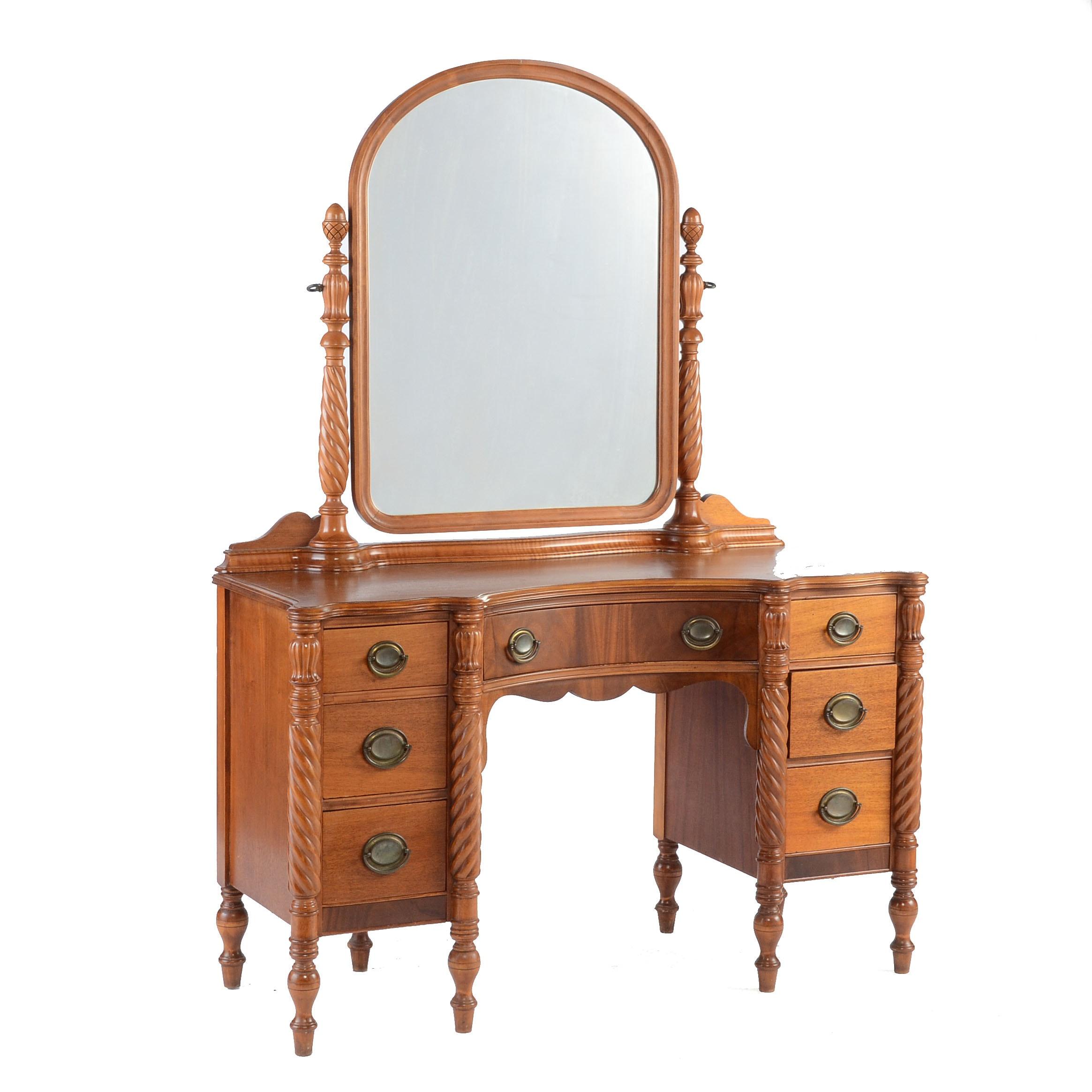 Huntley Furniture Mahogany Vanity With Mirror Ebth