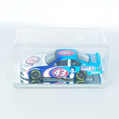Richard Petty Signed Yankees 100th Anniversary Die Cast Dodge