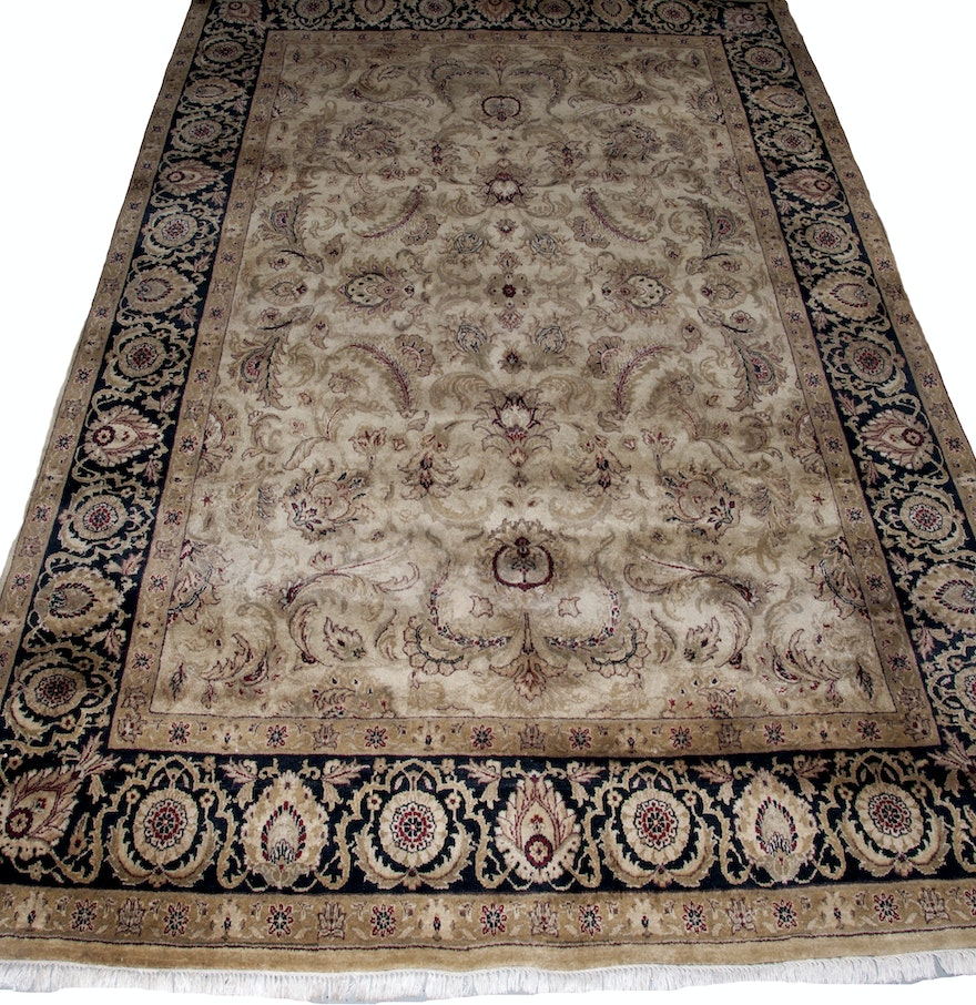 Hand Knotted Indian-Inspired Area Rug : EBTH