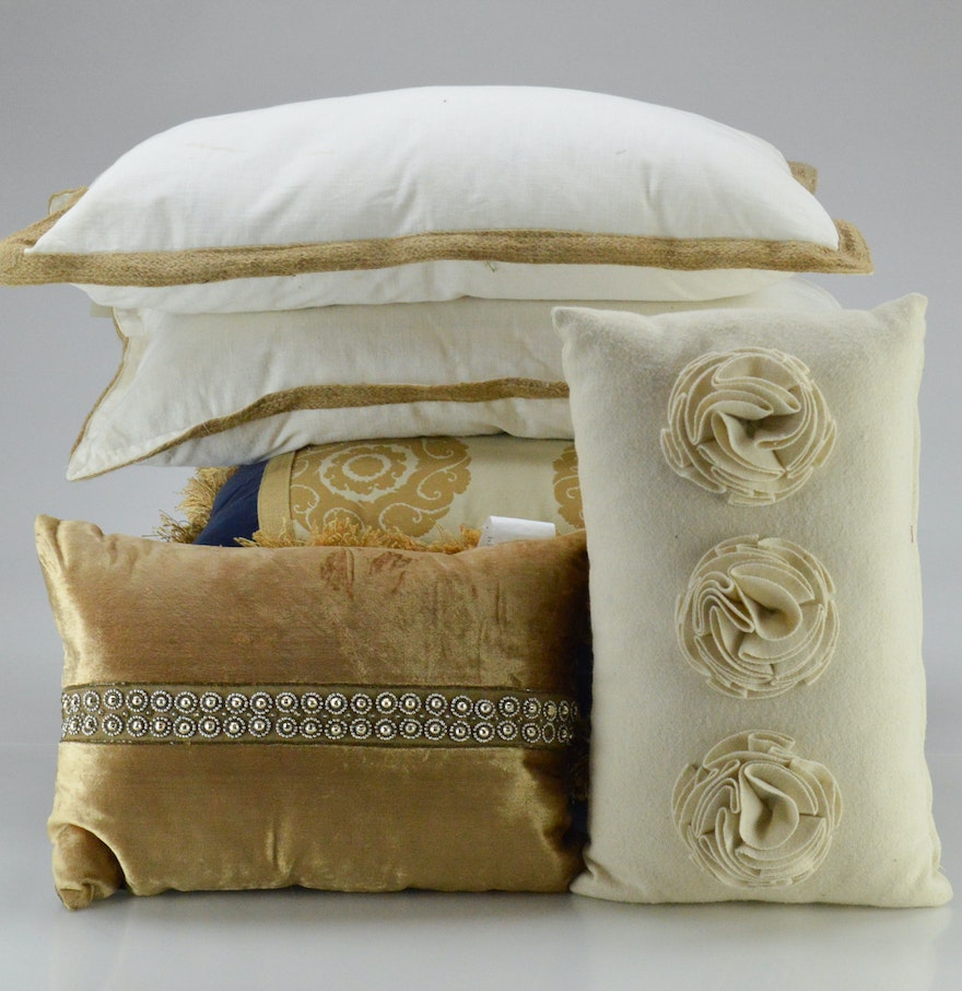 Decorative Down Pillows : Decorative Down Throw Pillows : EBTH