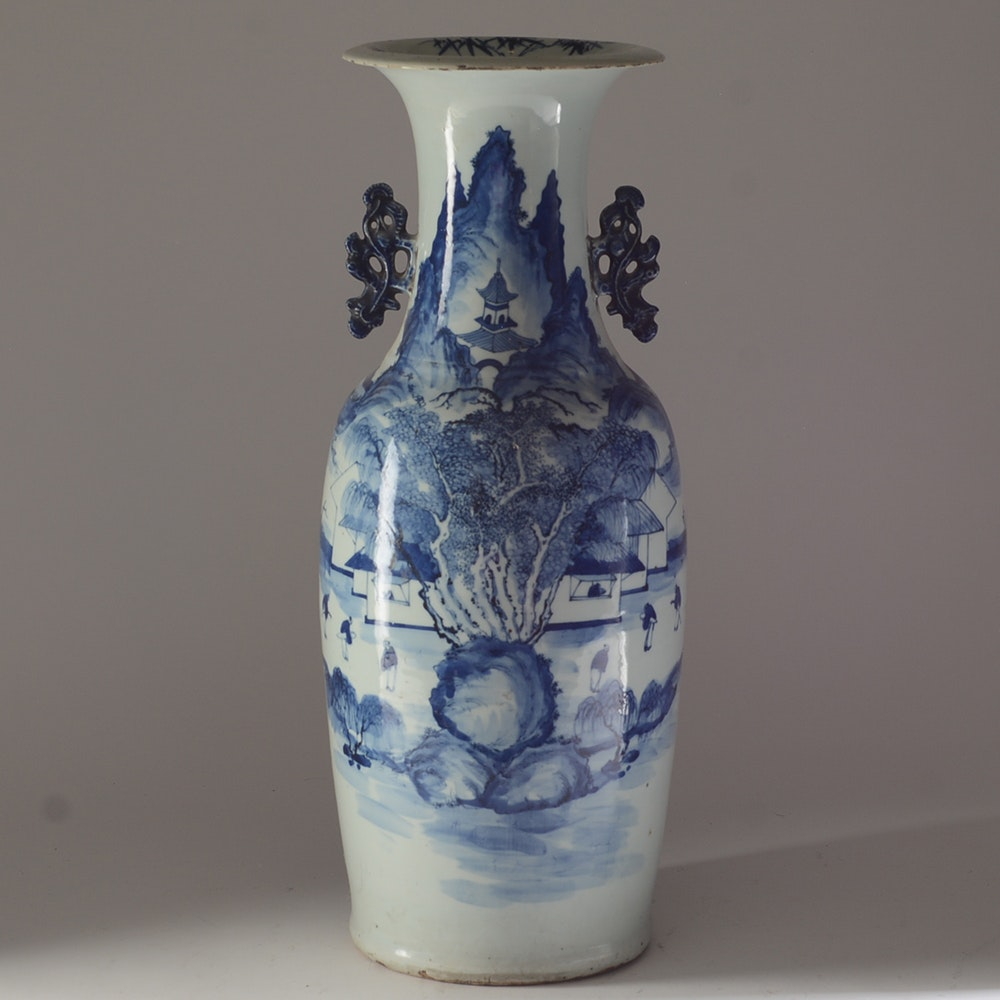 Fine 19th Century Chinese Porcelain Vase