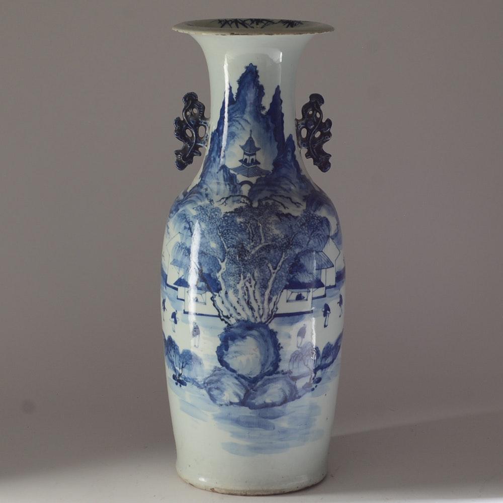 Fine 19th Century Chinese Porcelain Vase