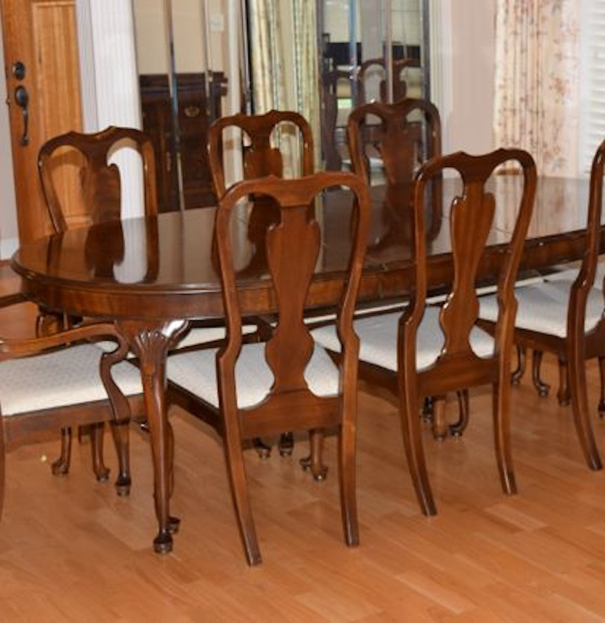Drexel Queen Anne Style Dining Table With Chairs EBTH