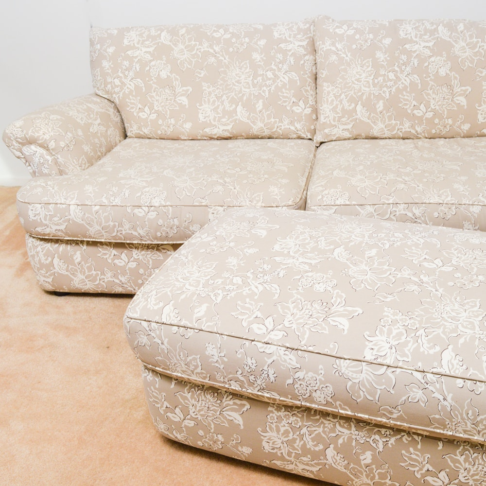 Sofa Express Country Floral Loveseat