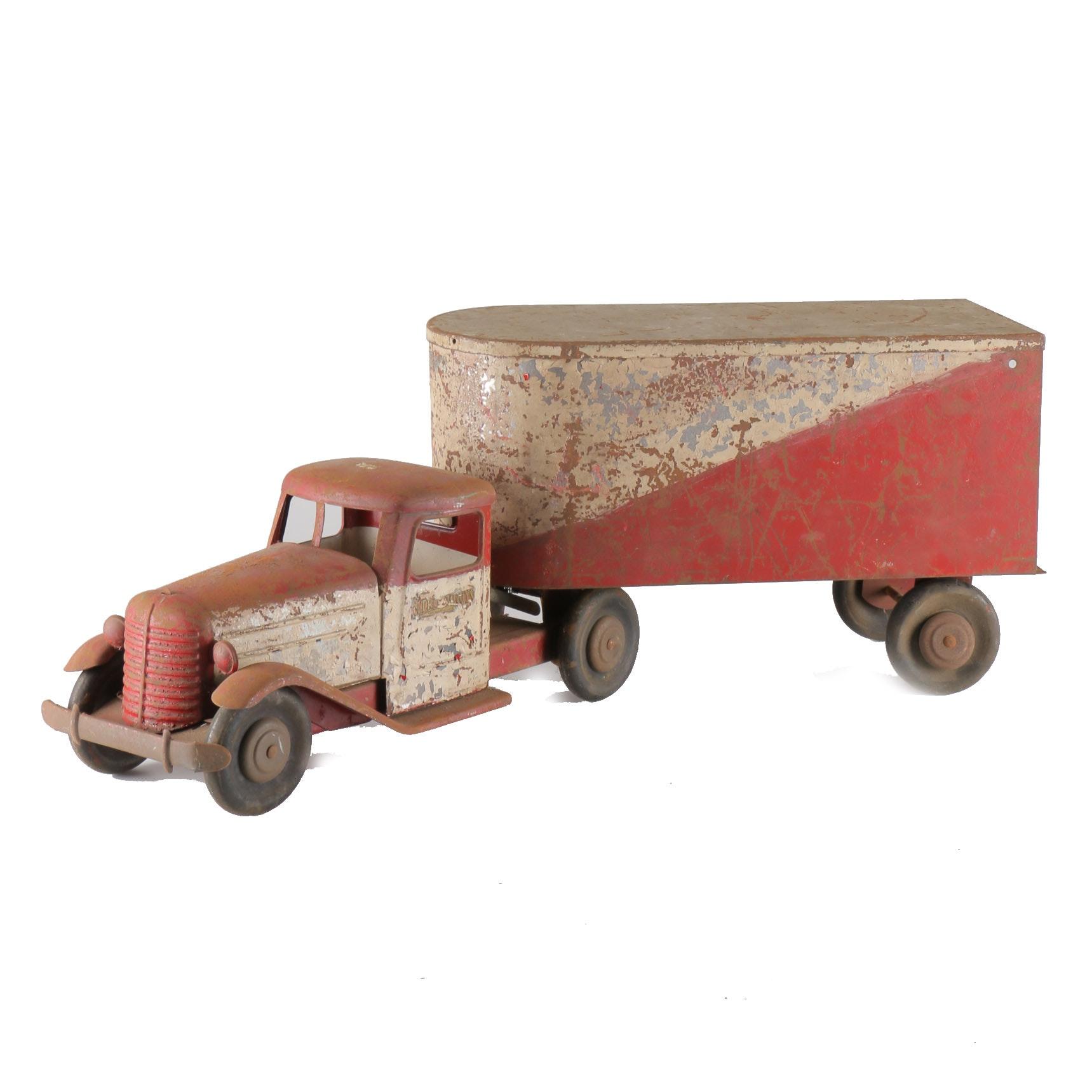 Mid-20th Century Structo Toys Pressed Steel Diamond T Semi Truck