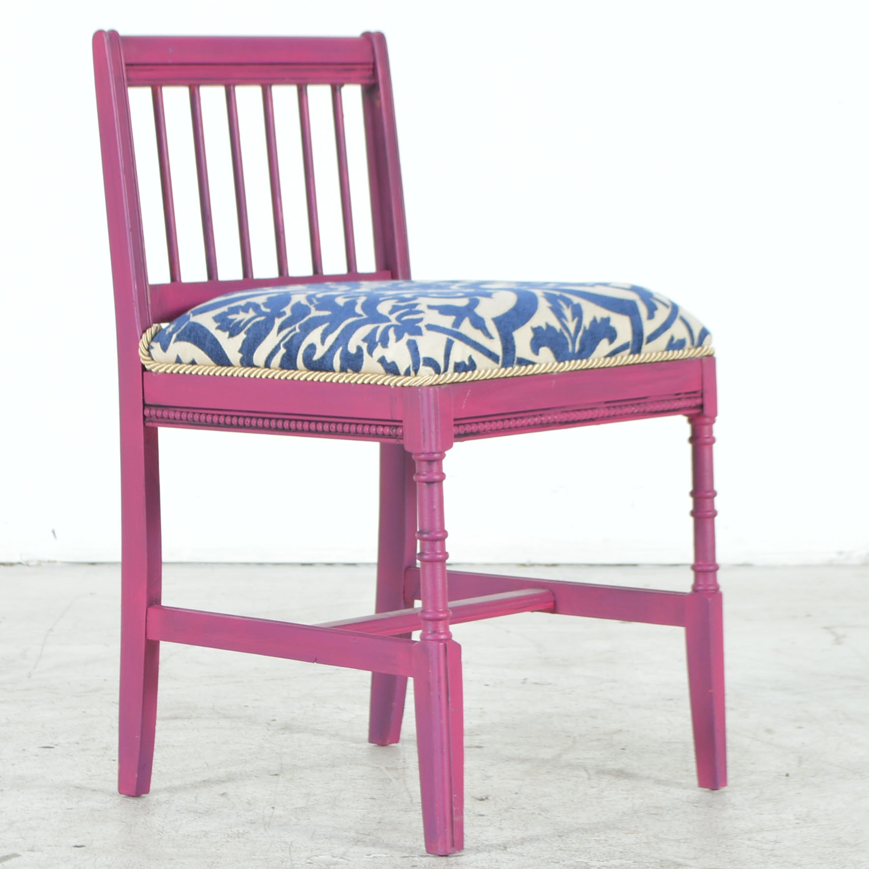 Fuschia Vanity Chair with Damask Upholstered Seat ...  sc 1 st  EBTH.com & Fuschia Vanity Chair with Damask Upholstered Seat : EBTH